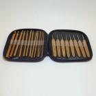 Набор крючков для вязания из бамбука.