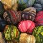 Новая поставка пряжи Kauni Artistic . В наличии в магазине много разных цветов Кауни Артистик.